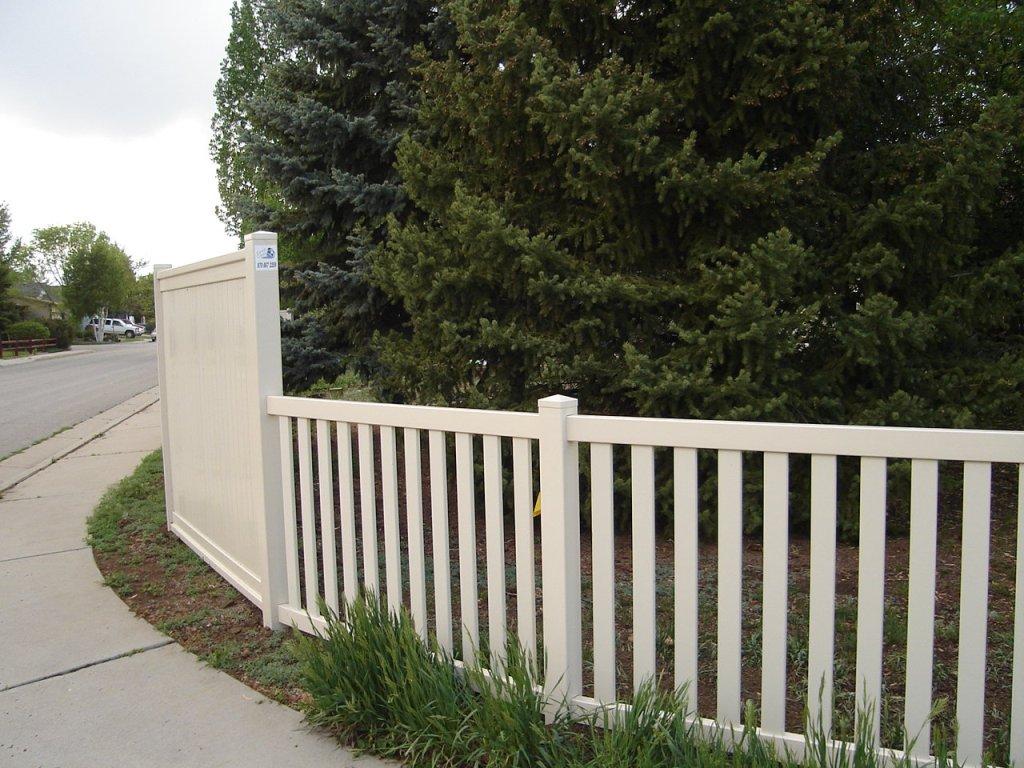 Picket Fence Installation Fencing Loveland Colorado