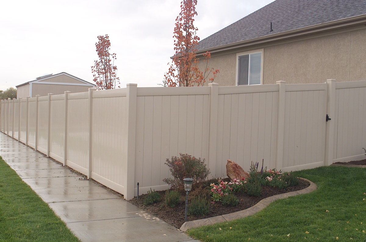 Privacy Fence Vinyl Fencing Installation in Loveland Northern