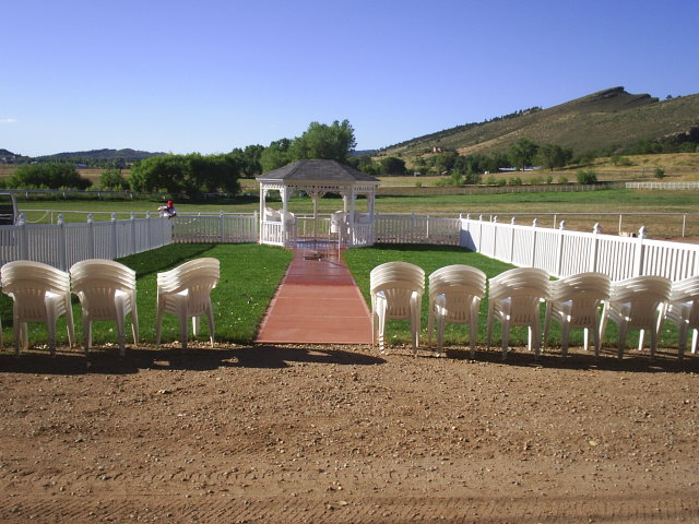 pergola gates installation